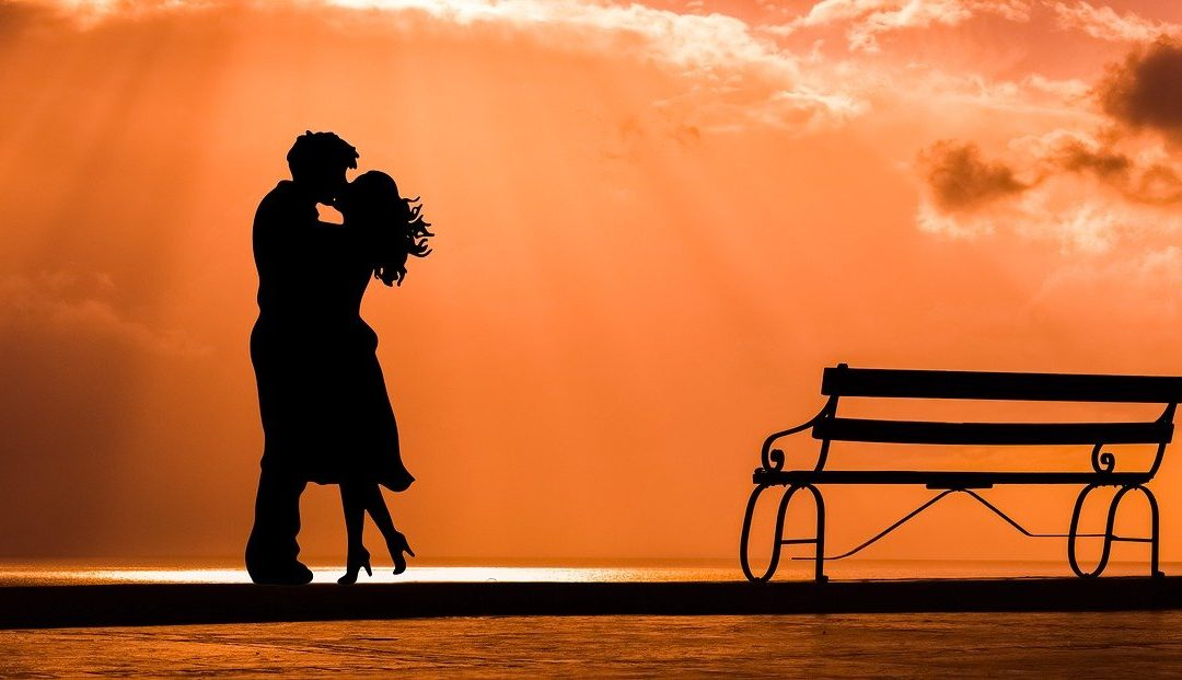 Diez consejos para encontrar pareja a través de una web o una app